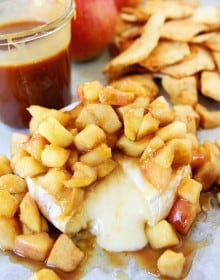 Baked-Brie-with-Apples-and-Salted-Caramel-7