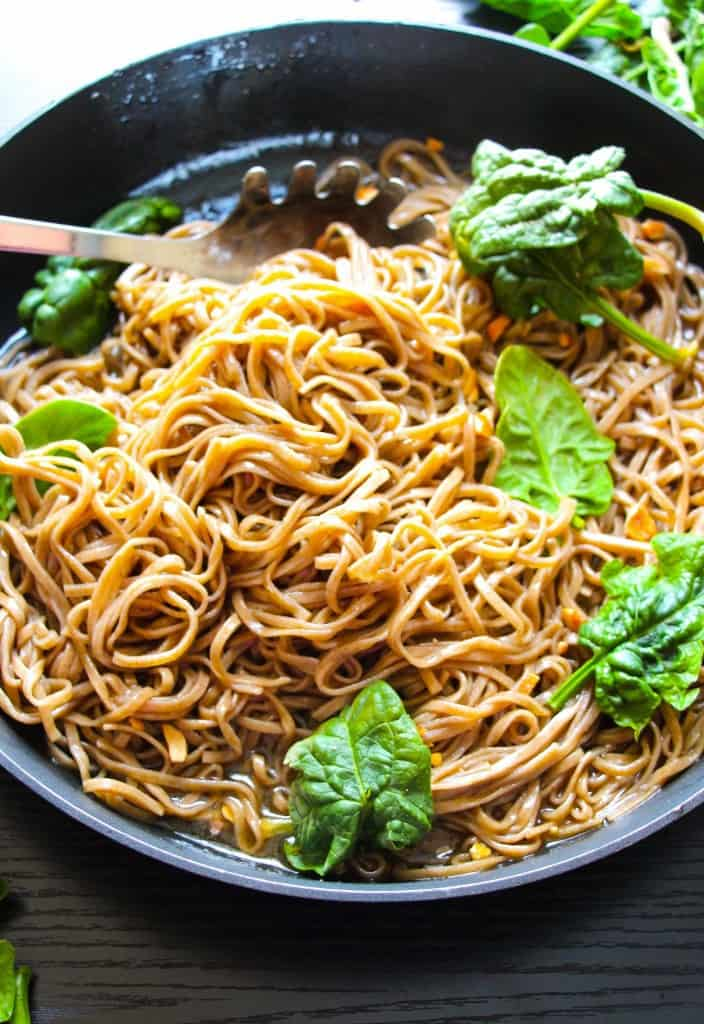 Easy-Spicy-Thai-Noodles