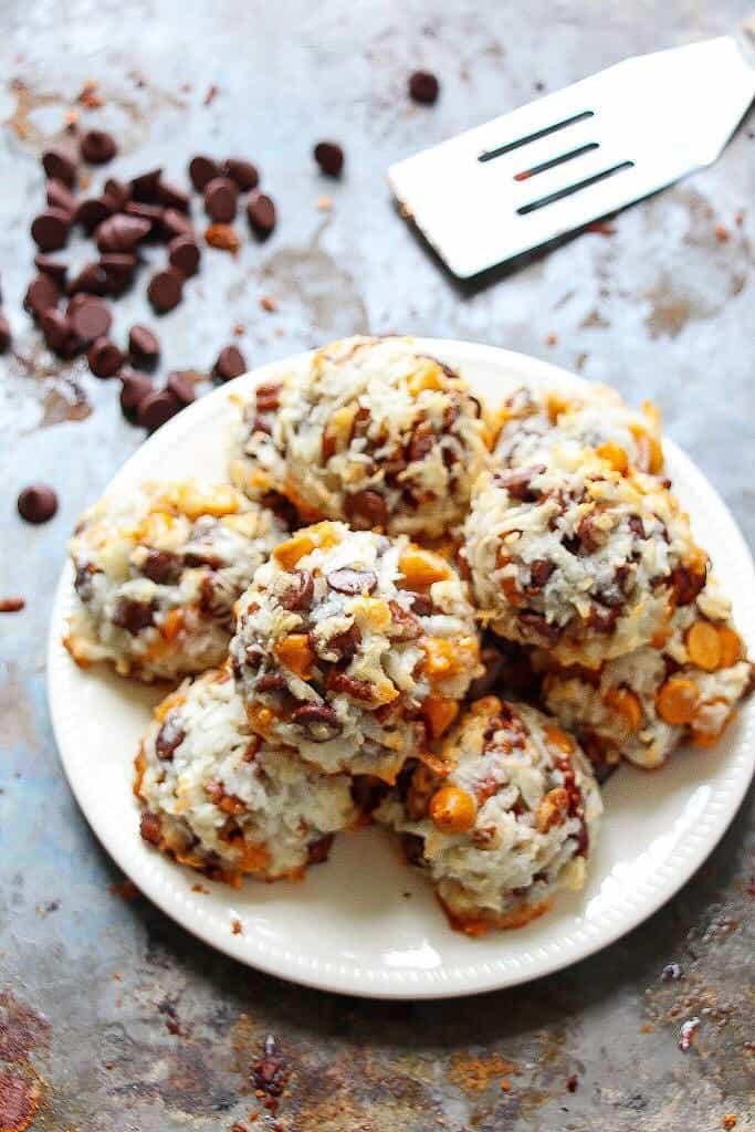 coconut-macaroons-7-layer-bar