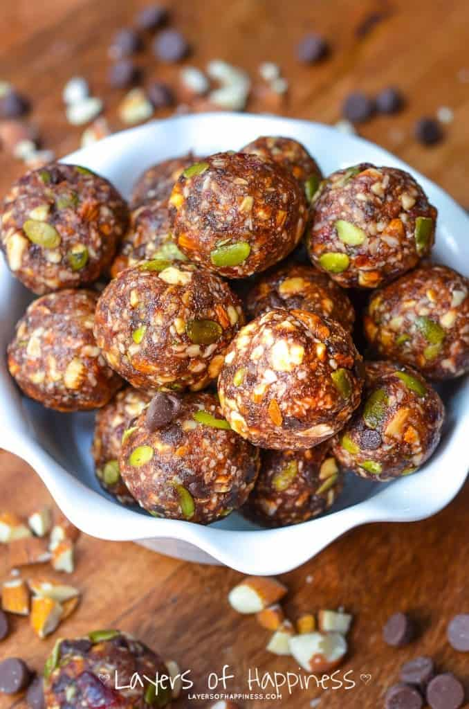 Healthy Almond Energy Balls