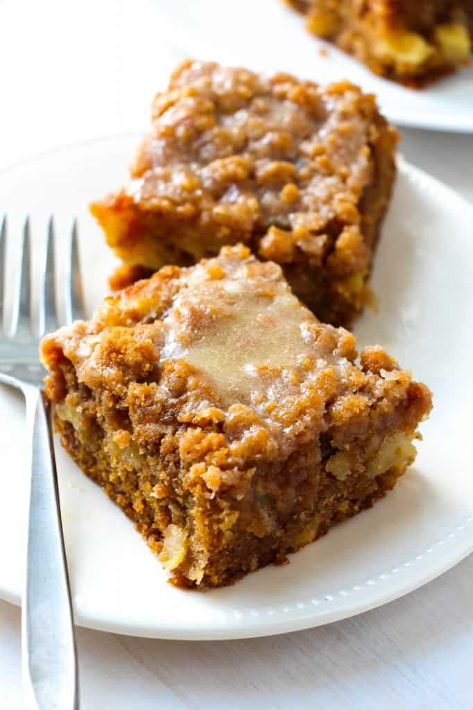 glazed-apple-crumb-cake