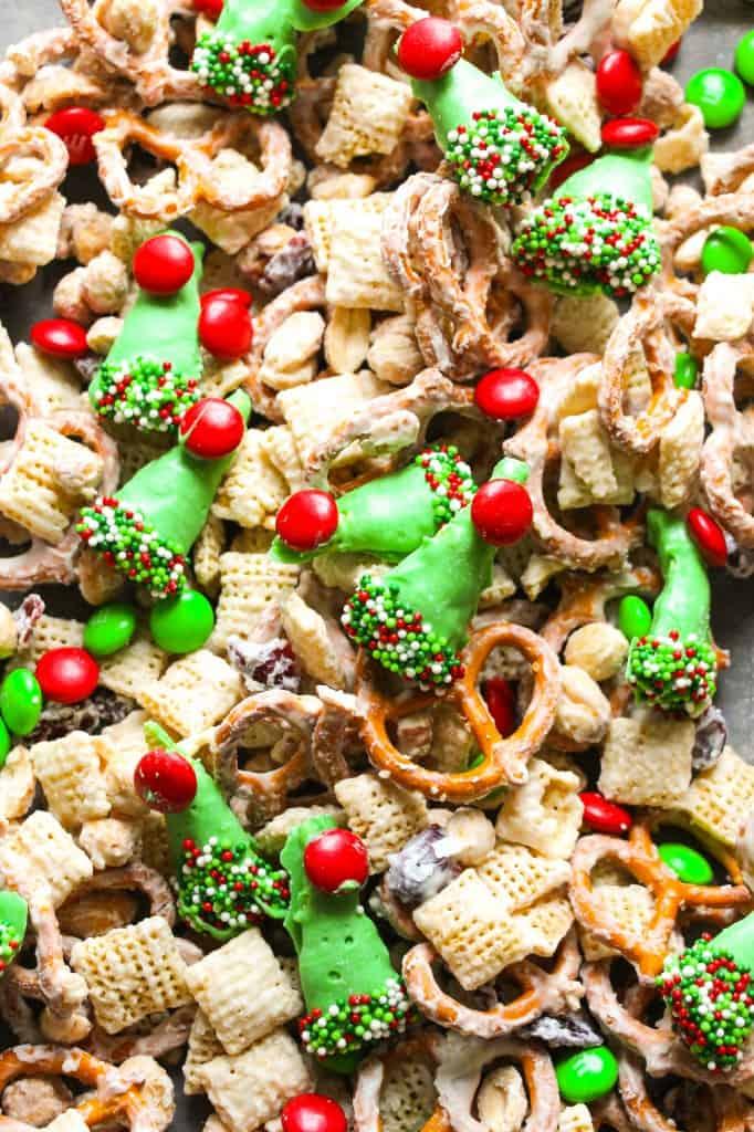 elf-white-chocolate-party-mix-2