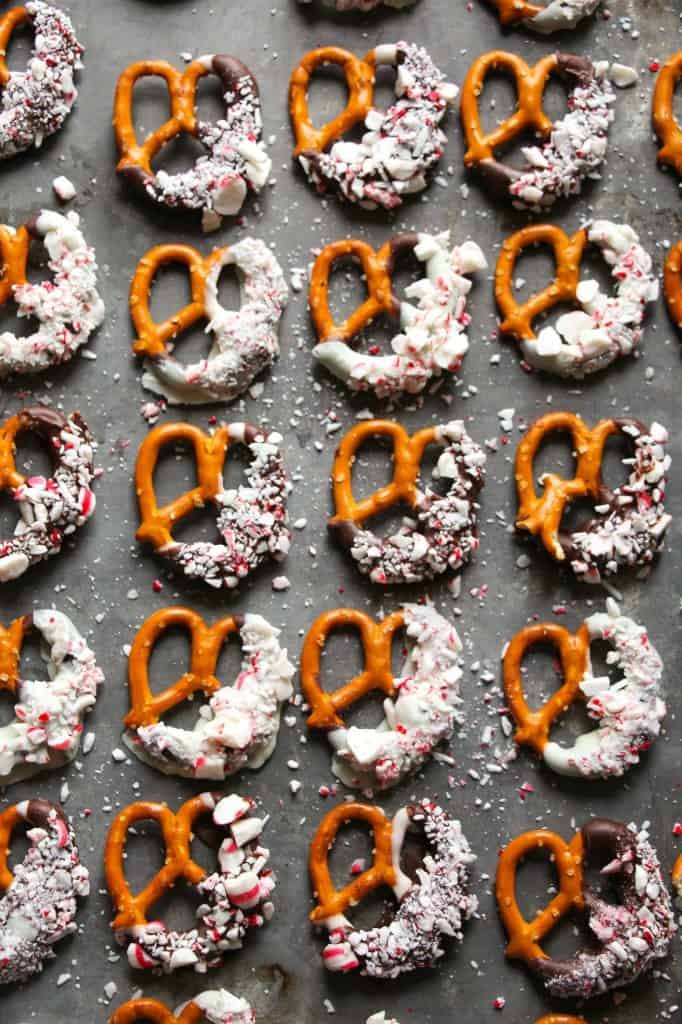 peppermint-bark-pretzels-5