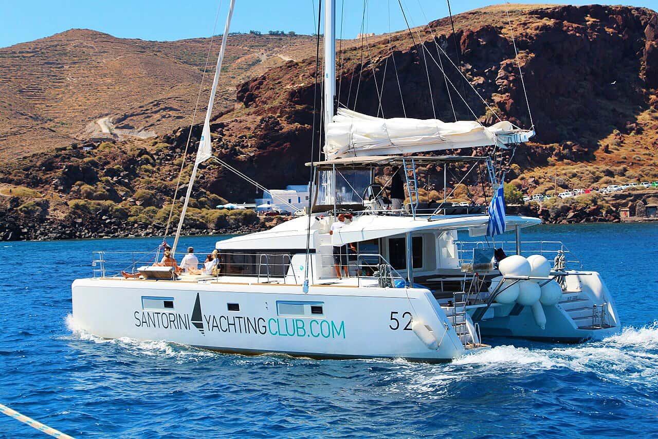 catamaran-santorini-greece
