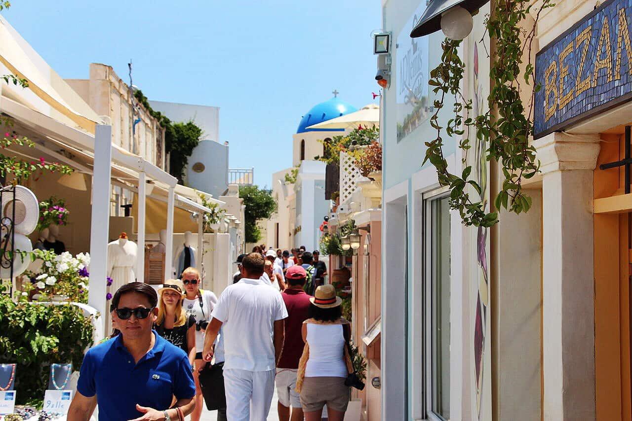 oia-shopping-santorini-greece