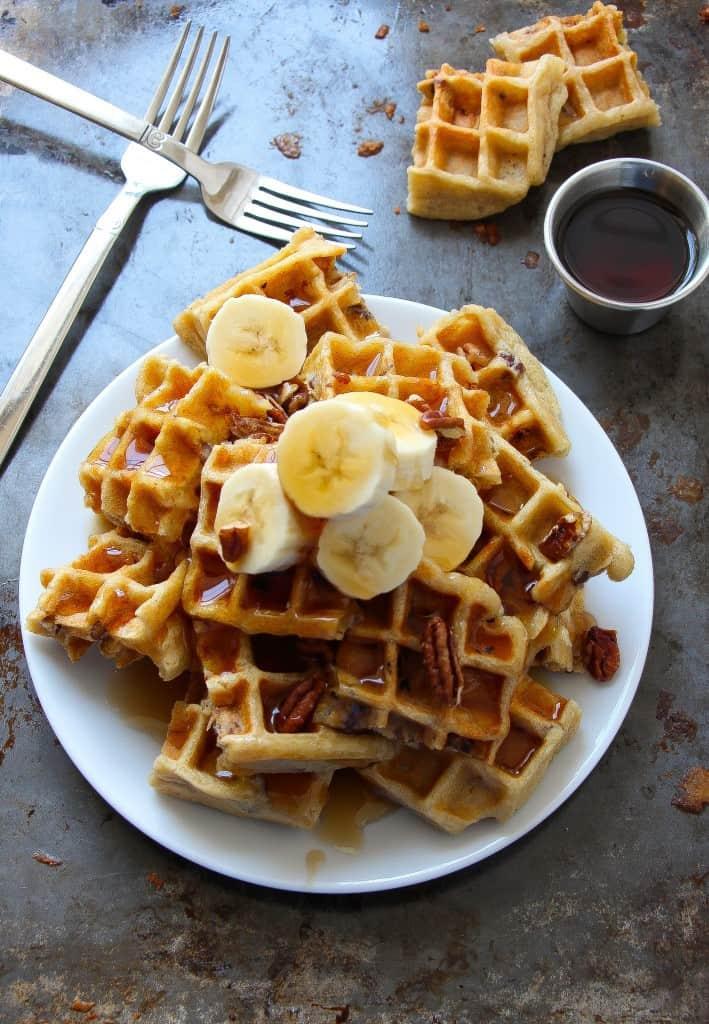 vegan-banana-pecan-waffles-2