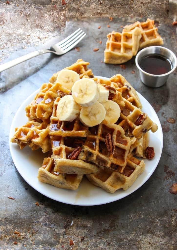 vegan-banana-pecan-waffles-4