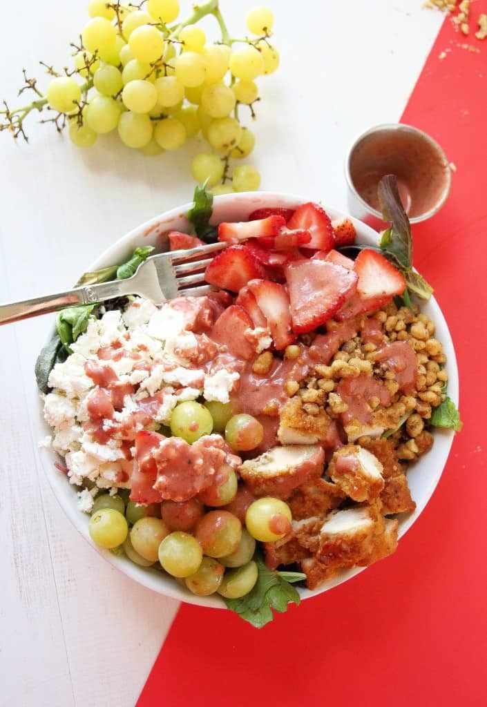 CRISPY-CHICKEN-STRAWBERRY-SALAD-5