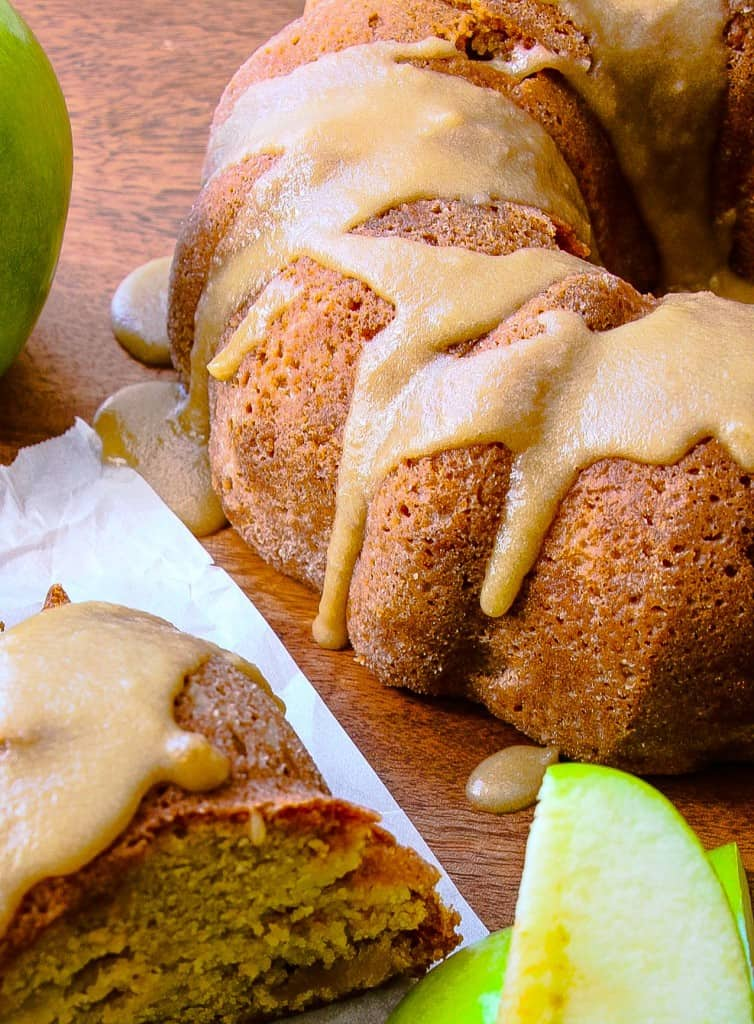 caramel-apple-bundt-cake-3
