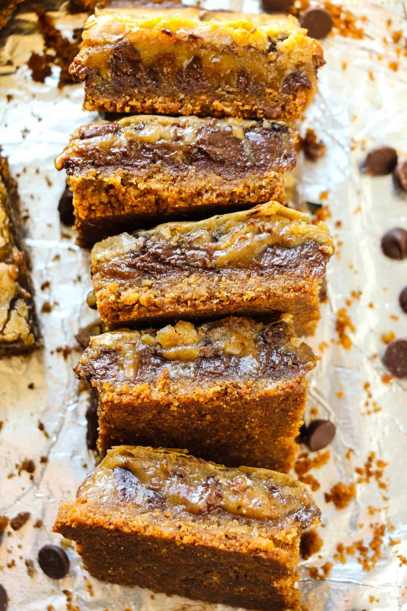 chocolate-chip-toffee-pie-bars-9
