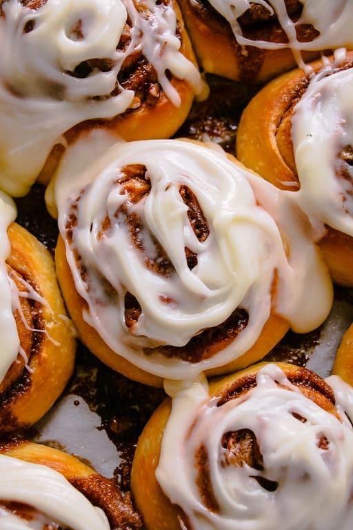 cinnamon-rolls-3