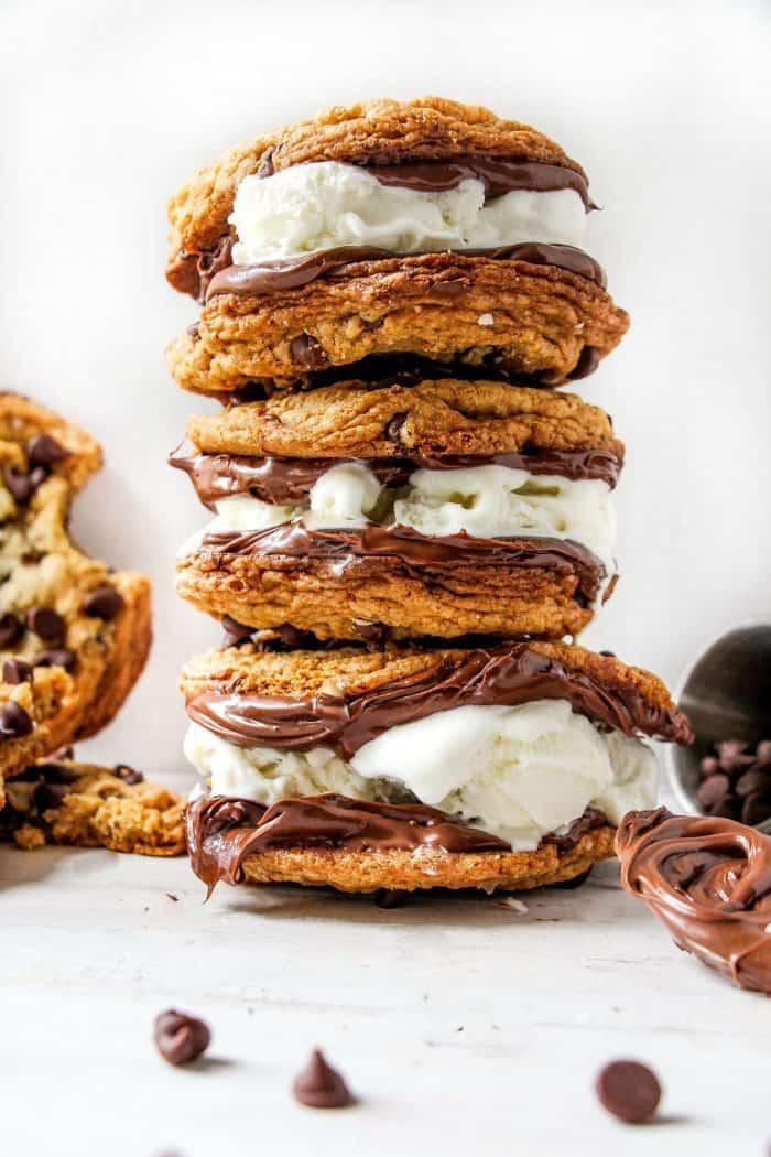 CHOCOLATE-CHIP-COOKIE-SANDWICH-2